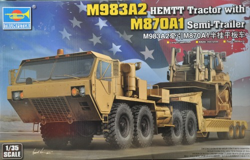 01055   1/35 M983A2 HEMTT Tractor with M870A1 Semi-Trailer