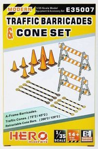 E35007  1/35 Traffic Barricades & Cone Set