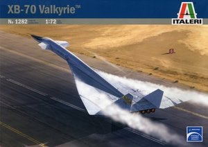1282 1/72 North American XB-70 Valkyrie™