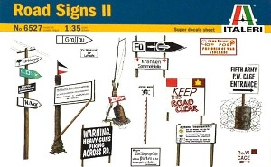 6527  1/35 WWII Road Signs II